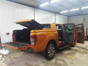 Mẫu thùng phổ thông : Nắp thùng xe bán tải ford ranger 2017 kiểu all new